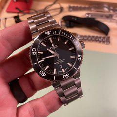 [WTS/WTT] Oris Aquis 43.5mm with Matte Dial, Matte Ceramic Bezel and Fully Brushed Case and Bracelet