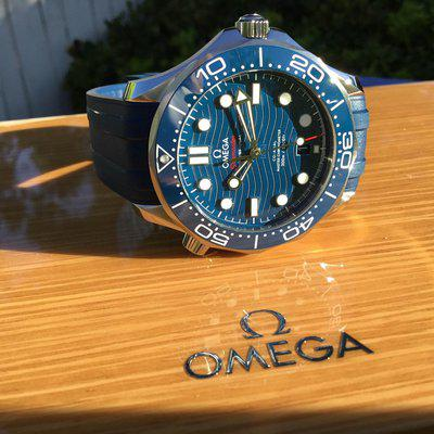 FS: Omega Seamaster Diver 300M Co-Axial Master Chronometer 210.32.42.20.03.001 BLUE