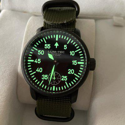 WTS - Lum-Tec Combat B1 manual wind, limited to 300 pieces