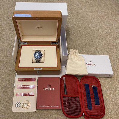 FS - OMEGA Diver 300M Co-Axial Master Chronometer Seamaster Watch 210.30.42.20.03.001