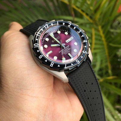 [WTS] Brand new custom build, Purple dial black bezel with lume, sapphire, NH36 and more.