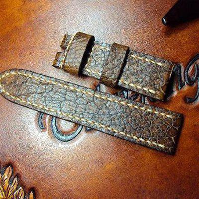 FS:Some Panerai custom straps A520~529 include green & purple crocodile belly strap.Cheergiant straps