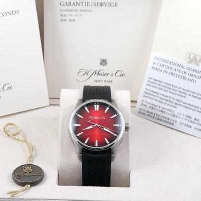 FS: 2020 H. Moser & Cie Pioneer Centre Seconds Mad Red Fumé 3200-1207
