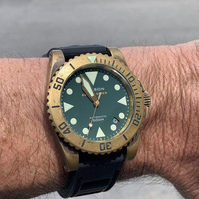 SoLD: Helson SharkDiver 40mm