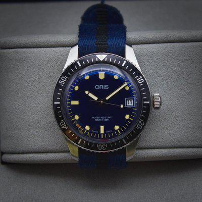 [WTS] Oris Divers 65 36mm - Box and Papers (Minus Warranty Card), Beautiful Blue Dial, Great Condition