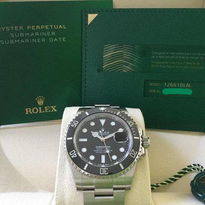 FS: Rolex Oyster Perpetual Submariner Date 126610LN