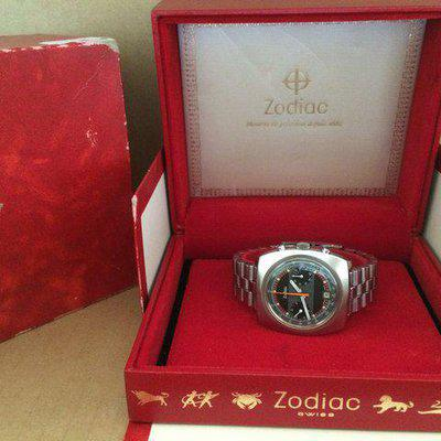 FS:Minty Zodiac Vintage Chronograph Val. 7734 Date 1970s Stainless Steel Box