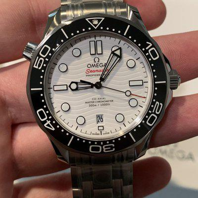 [WTS] 2021 BRAND NEW Omega Seamaster White Wave Dial, Ref: 210.30.42.20.04.001