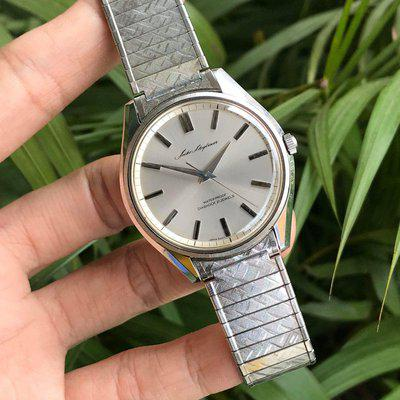 [WTS] Vintage Seiko Skyliner Manual winding 6220-8030, if this is not perfect bracelet, I don't know what is..