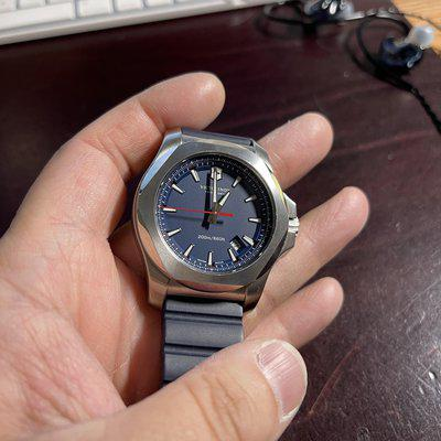FS Excellent condition Victorinox Swiss Army Men's I.N.O.X. Blue Rubber Strap Watch 43mm 241688.1