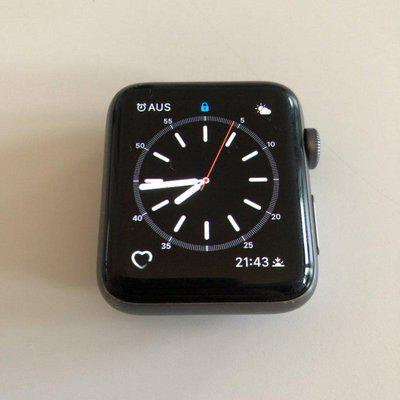 Apple Watch 3 Nike Edition 42mm in Space Grey