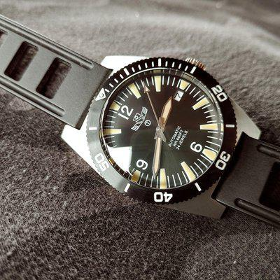 ***FS Military Industries Automatic 24 Jewels 200m Diver US & Canada***