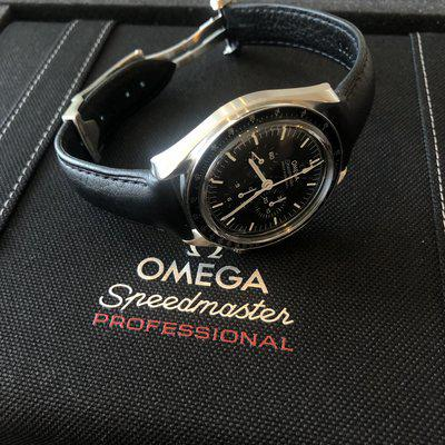 [WTS] 2021 Omega Sapphire Sandwich Speedmaster Co-Axial on leather - Ref. 310.32.42.50.01.002
