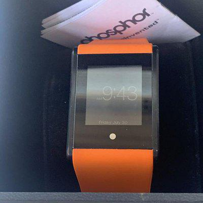 FSO: Phosphor Digital Watch With Touch Screen
