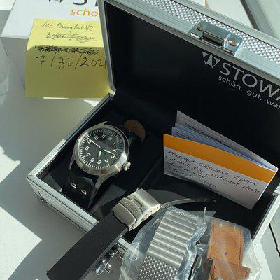 [WTS] Stowa Flieger Classic Sport. 43mm (full kit with 3 extra straps)