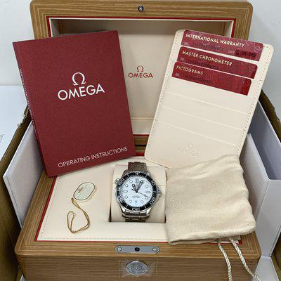 [WTS] BRAND NEW Omega Seamaster White Wave Dial, Ref: 210.30.42.20.04.001
