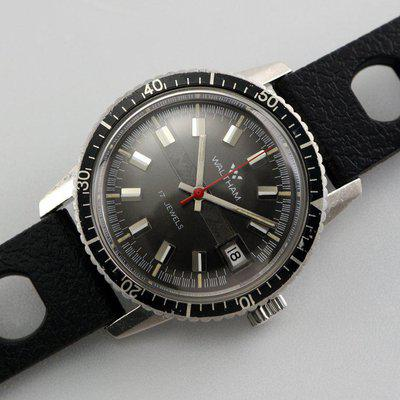 SOLD - 1970s Waltham diver with attractive black dial