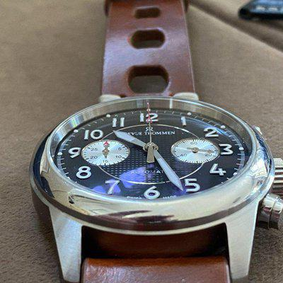 Revue Thommen Automatic Chronograph, bicompax, swiss made