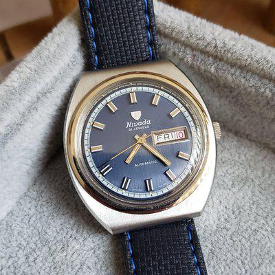 FS: MINT Vintage Nivada Ref. 67071 Automatic Watch, Large Case