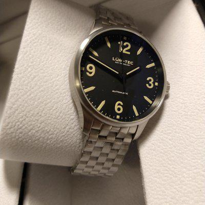 BNIB: Lum-Tec C5 Automatic with Brushed Bracelet