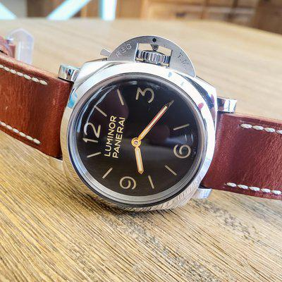 Panerai Luminor PAM 372 recently serviced, with multiple OEM and Custom Straps