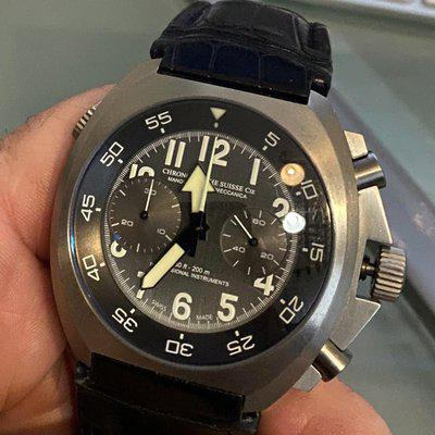 [Vends] Chronographe Suisse  Supermeccanica 2700 euro