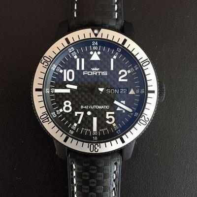FORTIS B-42 OFFICIAL COSMONAUTS CARBON TITAN PVD DAY-DATE