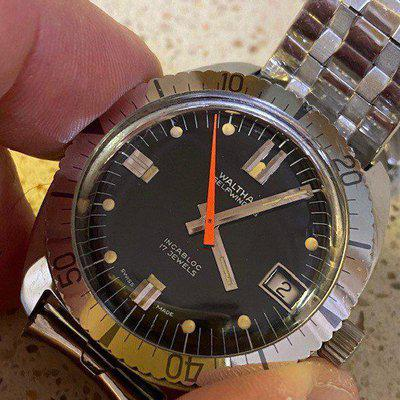 FS: Vintage Waltham Model B-339 Cal. 90-5 Automatic Diver Swiss Made 1970s