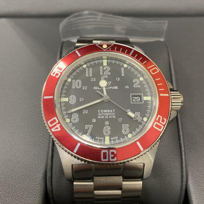 Glycine combat sub black face automatic with red bezel all links box and papers $300