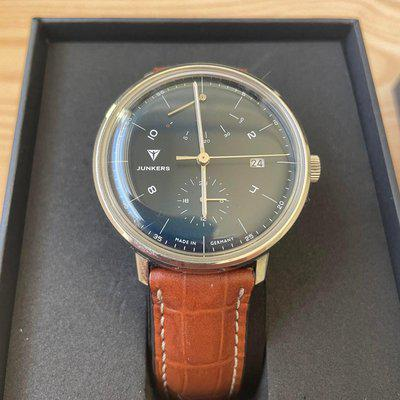 [WTS] Junkers 100 Year Bauhaus 9.11.01.12 Herren-Automatikuhr w/ Box and Papers