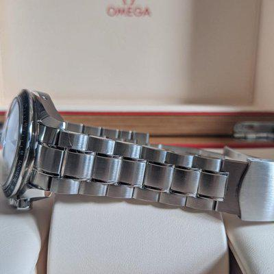FS: Omega Speedmaster Racing Co-axial Silver Dial Complete Set 326.32.40.50.02.001