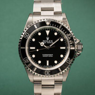 FS: 2006 Rolex Submariner 14060M with Papers