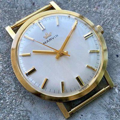 34 mm Marvin Mens 18K Yellow Gold wristwatch Manual Movement NOS - New Old Stock