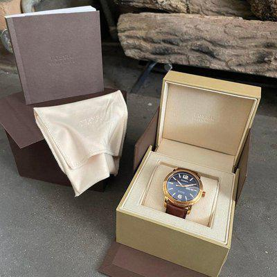 [WTS] Fossil Swiss made watch. Model FSW4003. Rose gold stainless steel case. Dark brown leather strap. 3 Hand date with Navy face.