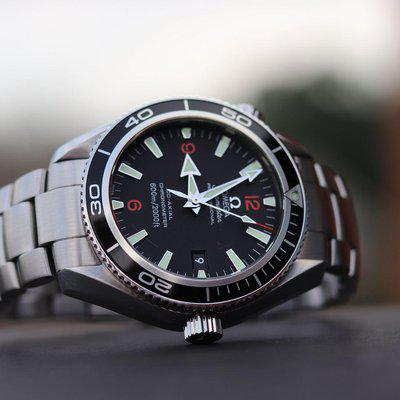 8 HOUR SALE! Omega Seamaster Professional 600M Planet Ocean 42mm 2201.51 (LK 2201.50) Co-axial 2500 D (RARE) w/ Box, Papers! #2856