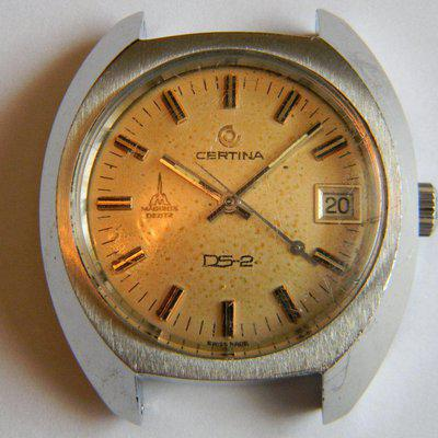 FS - CERTINA DS Hand Wind caliber 25-661 circa 1970s Steel Case Needs Movement Included
