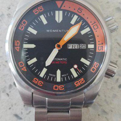 FS: Momentum Innerspace Compressor-Style 300M Day/Date Diver with ETA 2836-2 movement