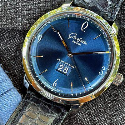 FS - Glashutte Original Sixties Panorama Date with Box and Papers, Ref - 2-39-47-06-02-04