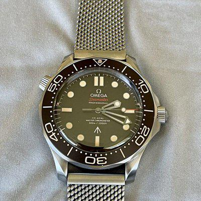 Omega Seamaster DIVER 300M - NTTD 007 Edition - 210.90.42.20.01.001