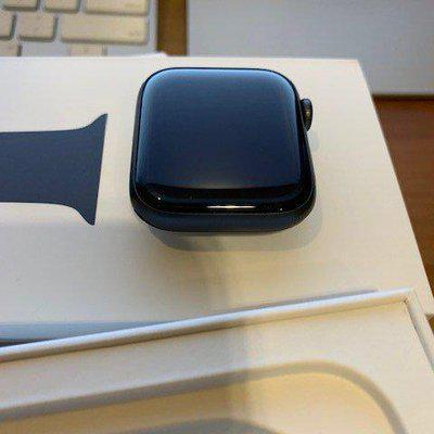 SOLD: Apple Watch Series 4 - Excellent Condition