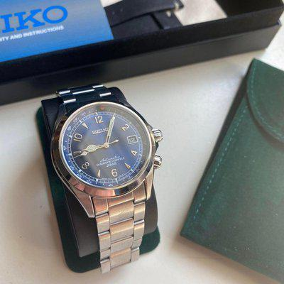 [WTS] Seiko Blue Alpinist w/ Stainless Bracelet and Unworn Leather Strap
