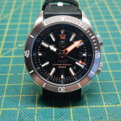 FS: H2O Navale Limited Edition 2020 with Black dial and stainless steel bezel