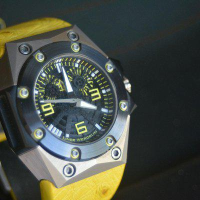 FS: Linde Werdelin Double Date Oktopus - Box, Papers, Tool and extra Strap