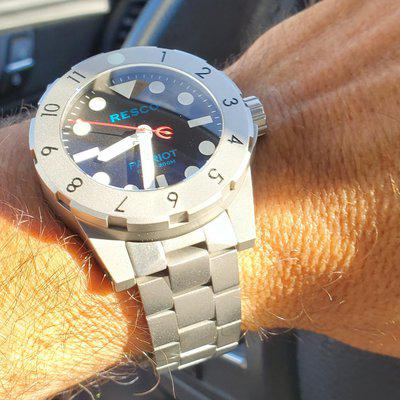 SOLD>>>Resco Patriot, mint Gen. 1 Stainless red, white & blue model with bracelet $1,295 in USA