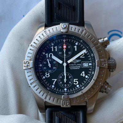 FS:BREITLING Avenger Black Dial Chronograph Titanium E13360