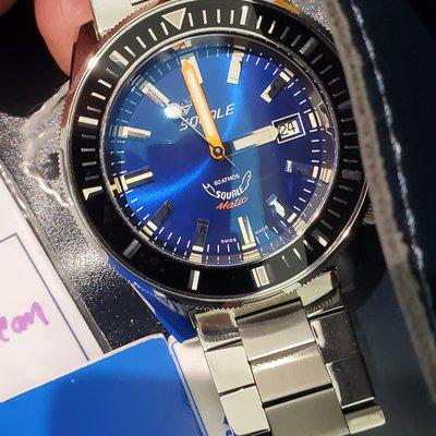 Squale 60 matic Dark Blue, mint, on non-oem bracelet $775 in USA