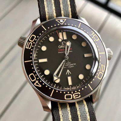 """[WTS] Omega Seamaster 300m 007 """"No Time To Die"""" Edition - 210.92.42.20.01.001"""