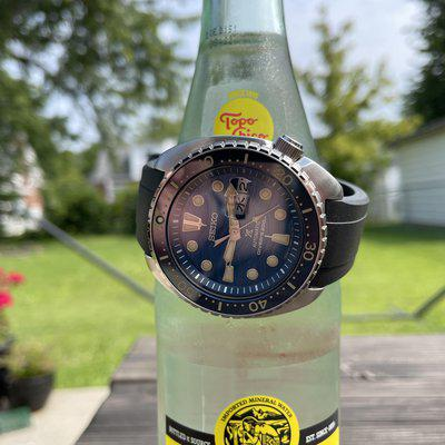 """[WTS] Seiko JDM SBDY047 Save the Ocean """"King Turtle"""" - with Crafter Blue rubber strap - $375"""