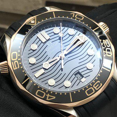 OMEGA CO‑AXIAL MASTER CHRONOMETER Steel ‑ Sedna[emoji769] Gold on rubber strap 42MM
