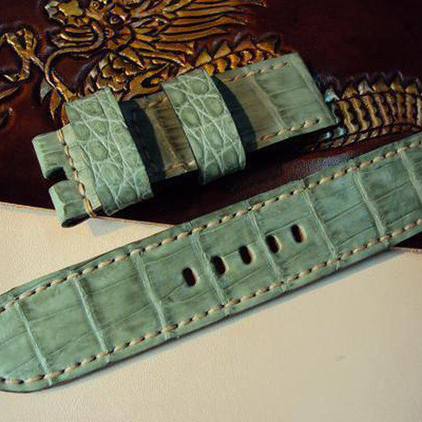 FS: 7 crocodile Panerai straps & some custom ultralength straps Porder801~806 & custom straps Porder601~610. Cheergiant straps     6